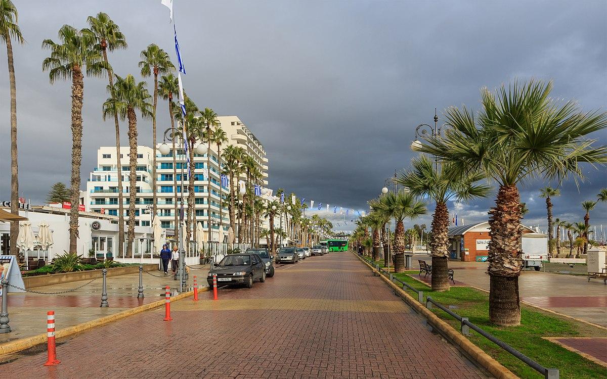 Larnaka'da artan vakalar paniğe yol açtı