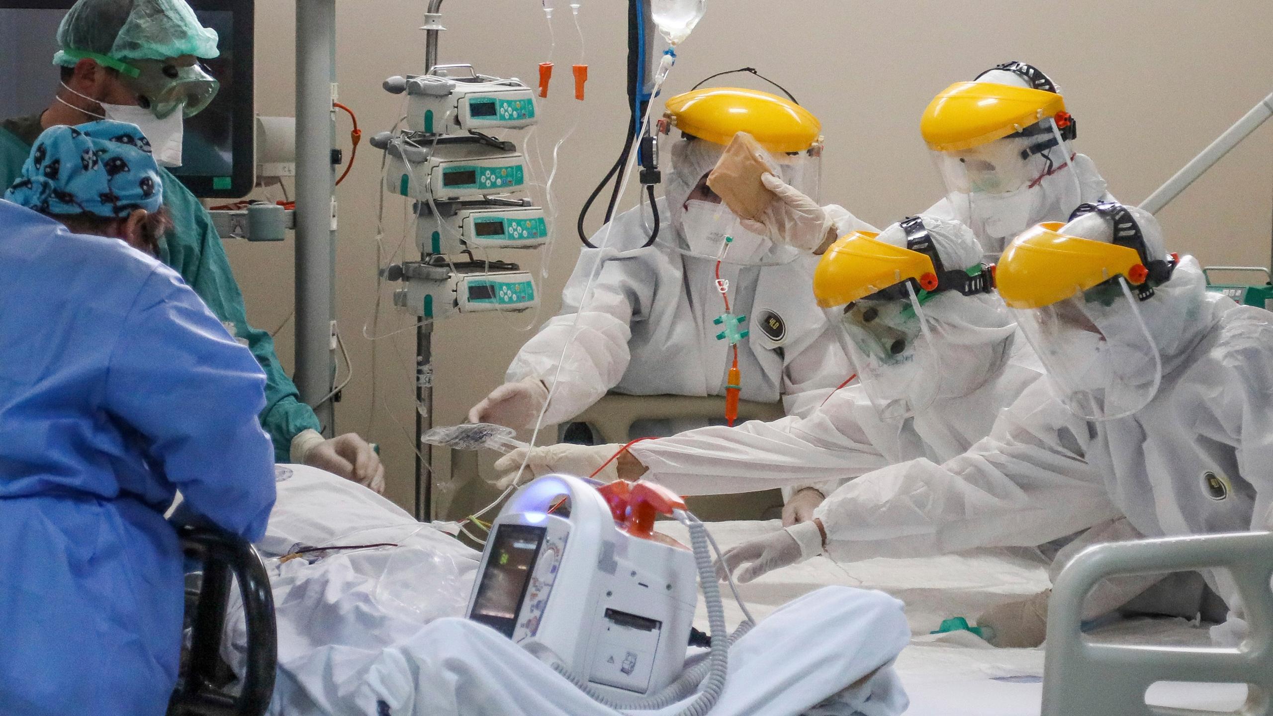 49 yaşındaki Covid hastası yoğun bakıma alındı!