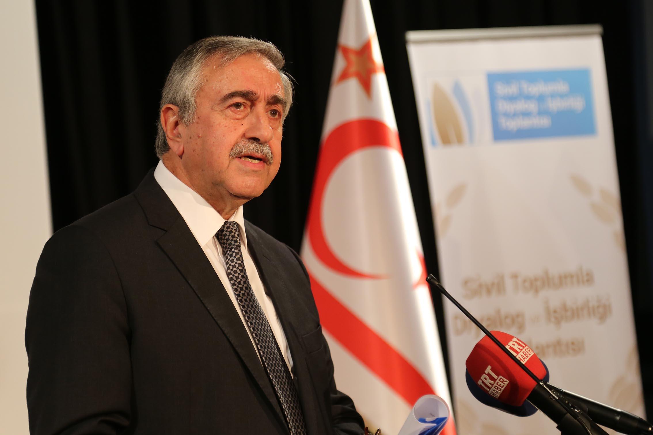 Mustafa Akıncı: Seçim 11 Ekim'de bitmeyecek