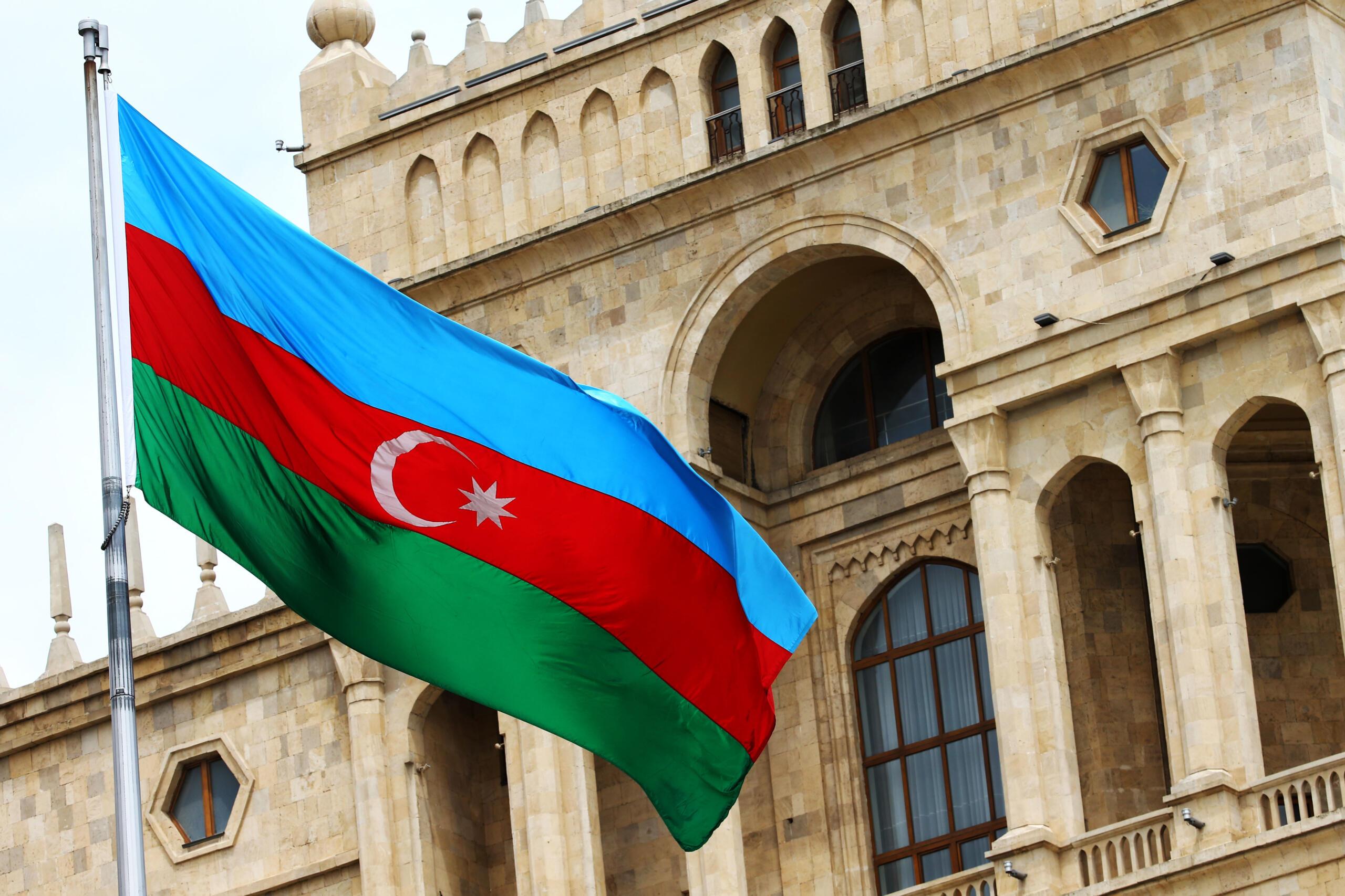 Azerbaycan'da kısmi seferberlik