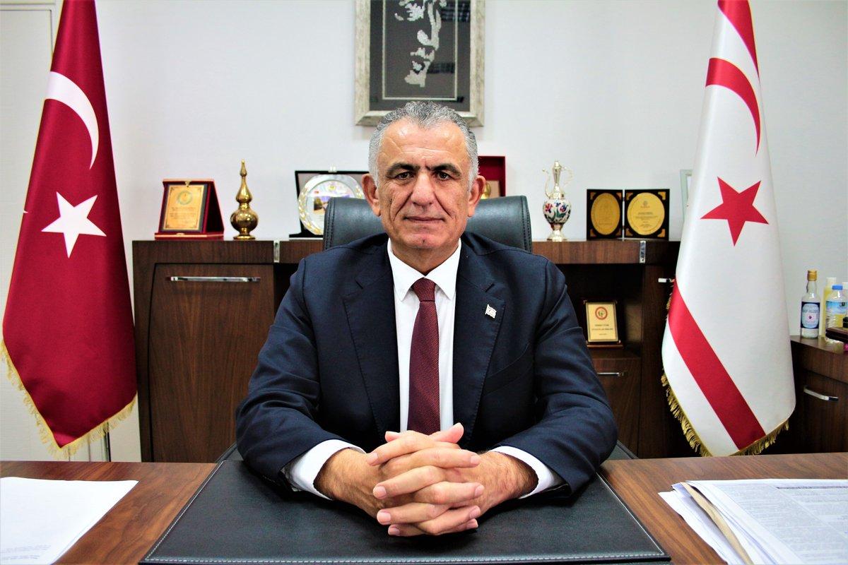 """Nazım Çavuşoğlu: """"Özdenefe içi boş konuşuyor ve hazırlanmış soruları tekrar ediyor"""""""