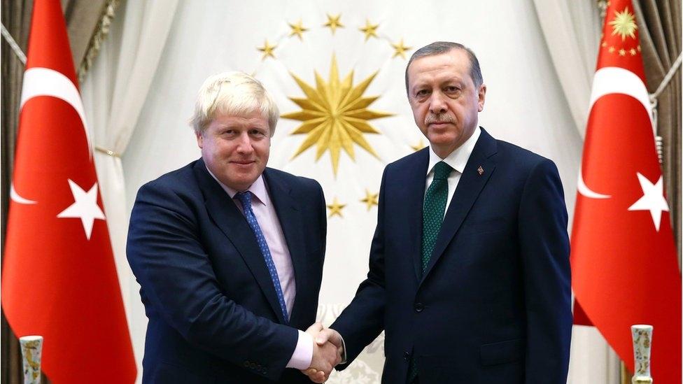 Erdoğan ve İngiltere Başbakanı Johnson görüşme yaptı